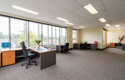 External private office space for up to 9
