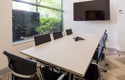 External private office space for up to 7