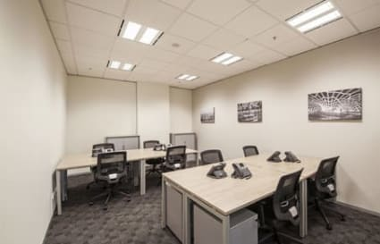 Internal private office space for up to 4