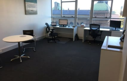 Desks available in Sydney CBD Shared Professional Office Suite