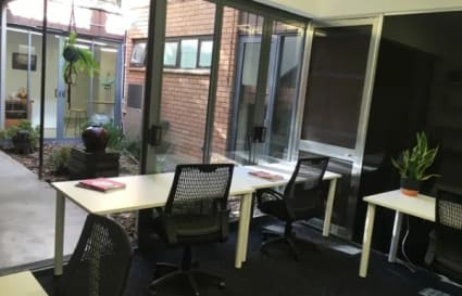 Private Office for 5