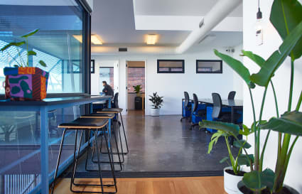 Modern, private, light-filled studio in Fitzroy