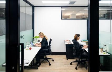 20 Person External Office