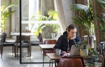 Flexi Desks and Hotdesking