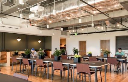 10 Desk Private Office