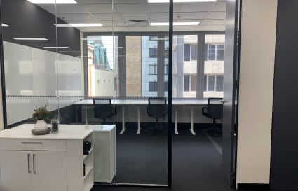 7 Desk Private Office in Sydney