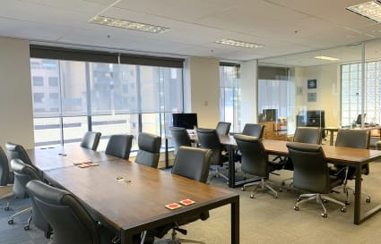 Contemporary Shared Office Space across from QVB