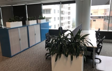 Modern Bright Coworking Space in Chatswood for 4