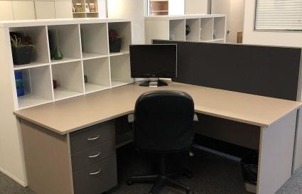 Coworking Desks in West End