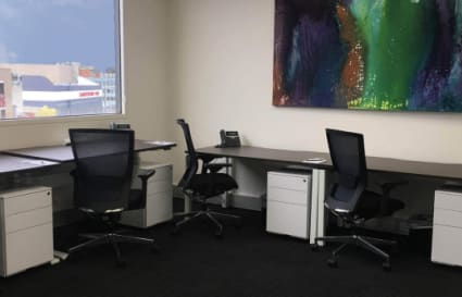 5 Person external office suite in Dandenong