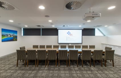 Meeting room for 20 people in eco-friendly building