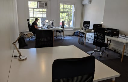 3 Desks in friendly office on the Corso