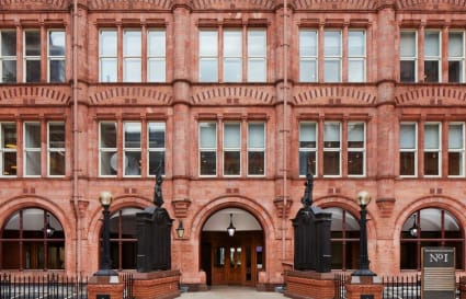 74 Person Office Space in 1 Waterhouse Square