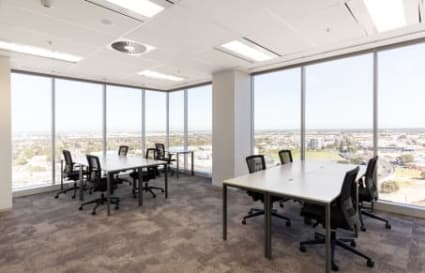 External private office space for up to 5