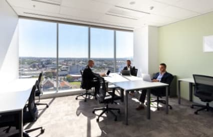 External private office space for 6