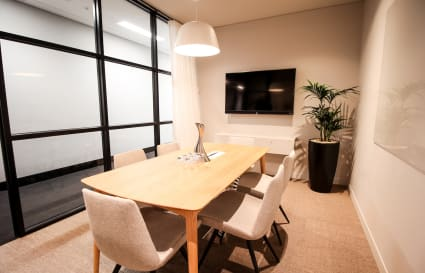 6 Person Meeting Room in Melbourne CBD (MR3)