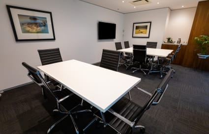 10 Person Boardroom by Wynyard Station & Barangaroo (Lvl 8)