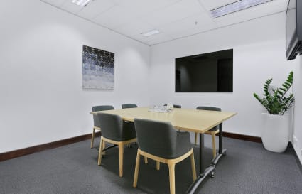 6 - 8 Person Meeting Room