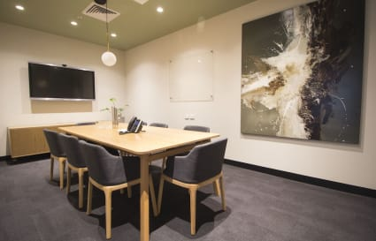 10 Person Boardroom in Sydney CBD (Lvl 13)