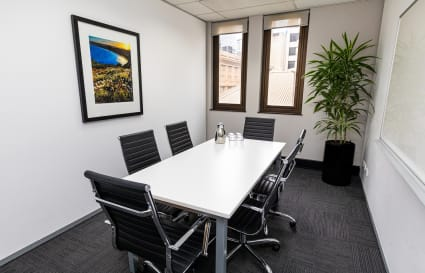 6 Person Natural light Meeting Room by Wynyard Station (Lvl 8)