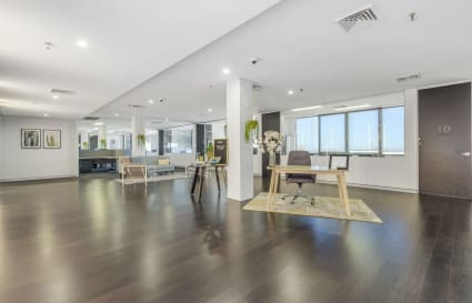 8 Person office space in Surry HIlls
