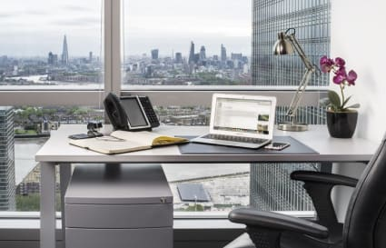 4 Person internal private office in Canary Wharf