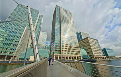 5 Person internal plus private office in Canary Wharf