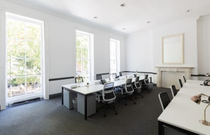 18 Person Office Available with own kitchen