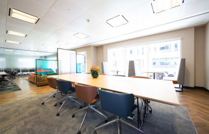 5 Person standard private office space in Gracechurch Street