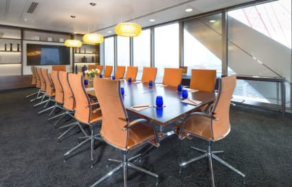 14 Person internal private offices in Bishopsgate