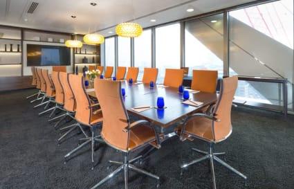 11 Person premium plus private offices in Bishopsgate