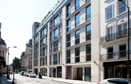 21 Person premium private office in Dover Street