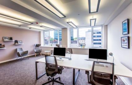 9 Person premium private office in Euston