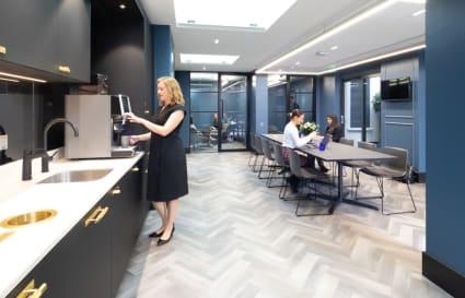 6 Person premium private office in Park Street