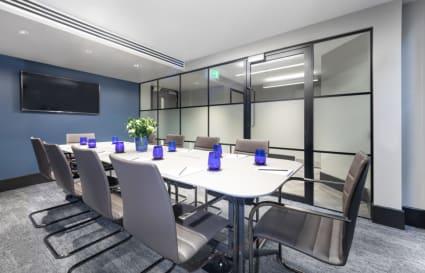 15 Person premium plus private office in Park Street
