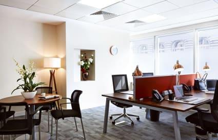 7 Person premium plus private office in St James's Square