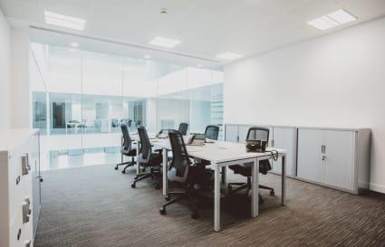 4 Desk Private Office
