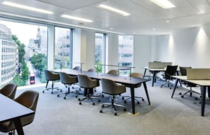 10 Person Office Available with a Private Meeting Room and Executive Office