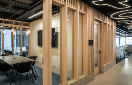 22 Person Office Available in Farringdon