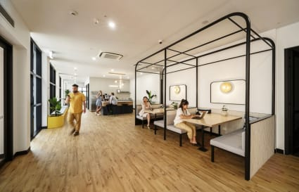 Private Office next to Flinders Street Station!