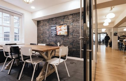 5 Person Private Office in Medius House