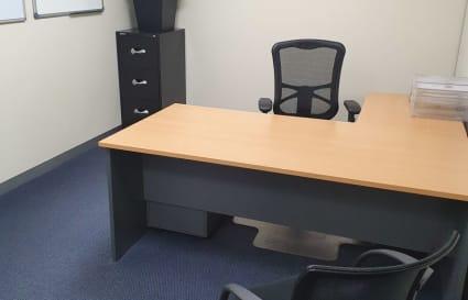 1 desk private office suite