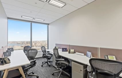 3-Desk Private Office with City Views (incl. Management Suite)