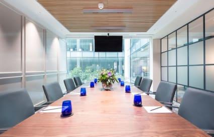 19 Person premium plus private office in Oxford Street