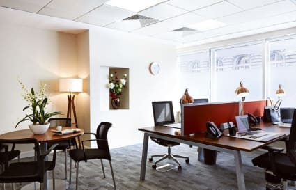 4 Person standard private office in St James's Square