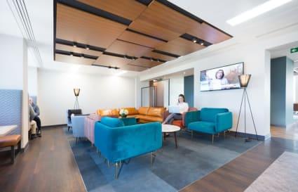 7 Person standard private office in Cavendish Square
