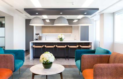 6 Person standard private office in Cavendish Square