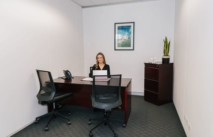 1-Person internal private office in the heart of Bondi Junction