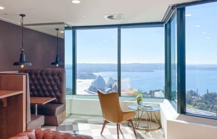 Private 4 person external office with views boasting over the Sydney skyline