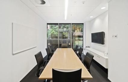 Albert | 10 Person Meeting Room